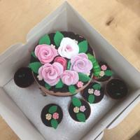 English Woodlands Timber's Graham's Birthday Cake shaped like flowerpots 1